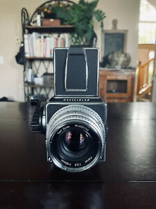 Hasselblad 501CM *Mint late model* with Chrome 80mm F2.8 Lens!