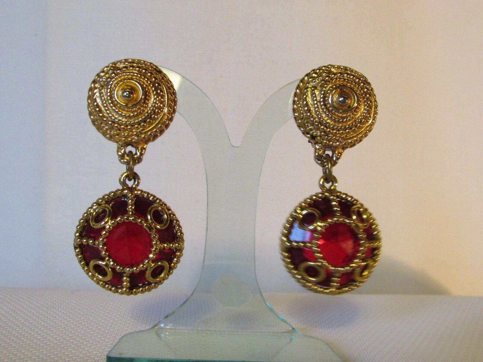 Pendientes Vintage Kalinger Paris Metal Dorado y Cabujón red