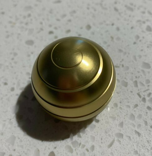 38mm Kinetic Desk Toy Perfect Gift Optical Illusion Spinner Ball Stress Relief