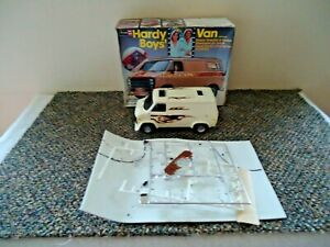 1978-Revell-Hardy-Boys-1-25-Scale-Model-Van-034-GREAT-COLLECTIBLE-ITEM-034