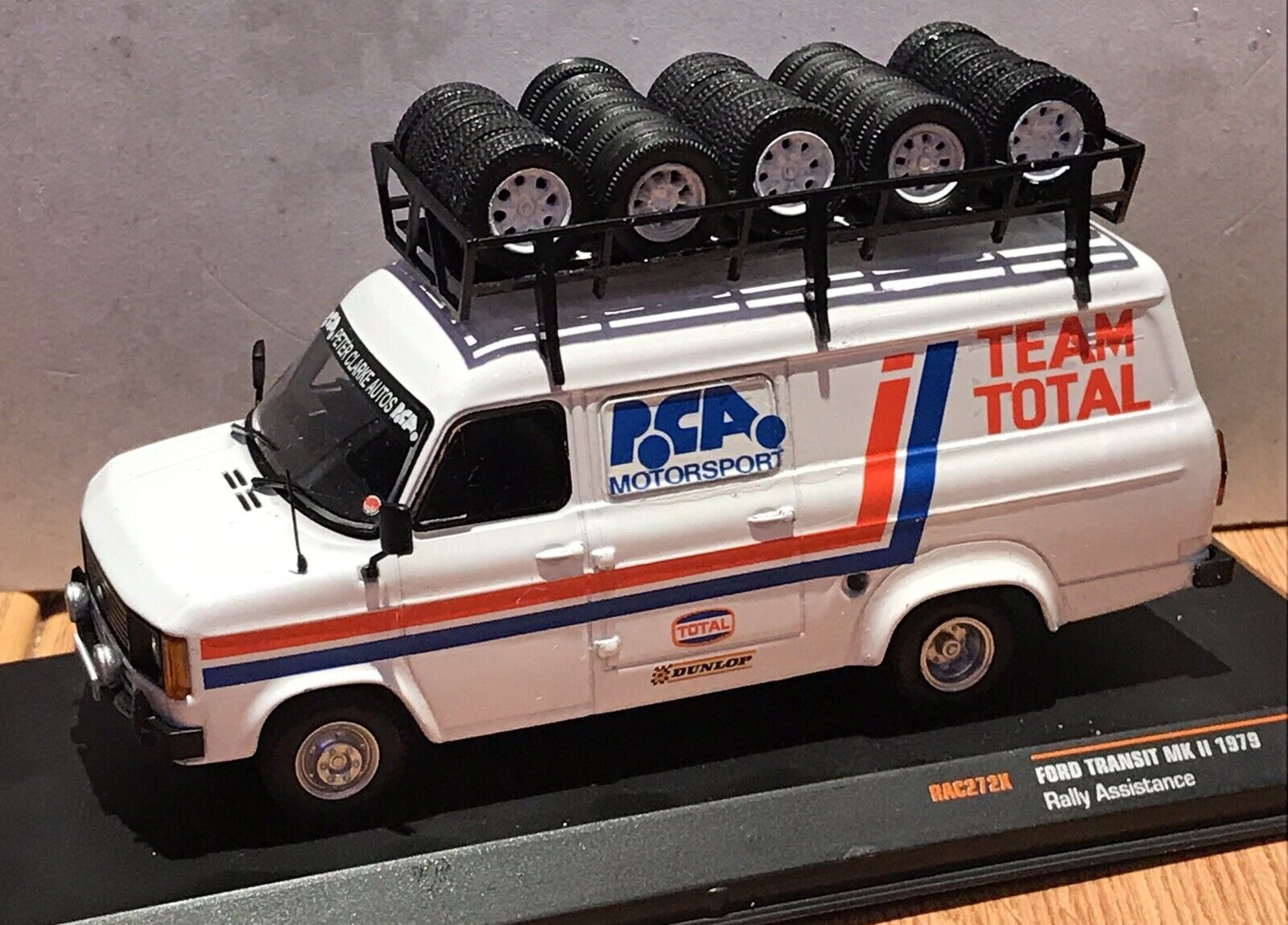 IXO 1 43 FORD TRANSIT MkII code 3 PCA  Motorsport Service Van assistance rallye  juste l'acheter