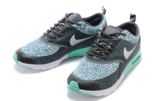BRAND NEW NIKE AIR MAX THEA PRINT WOMEN'S RUNNING TRAINING SHOES SIZE 11 US