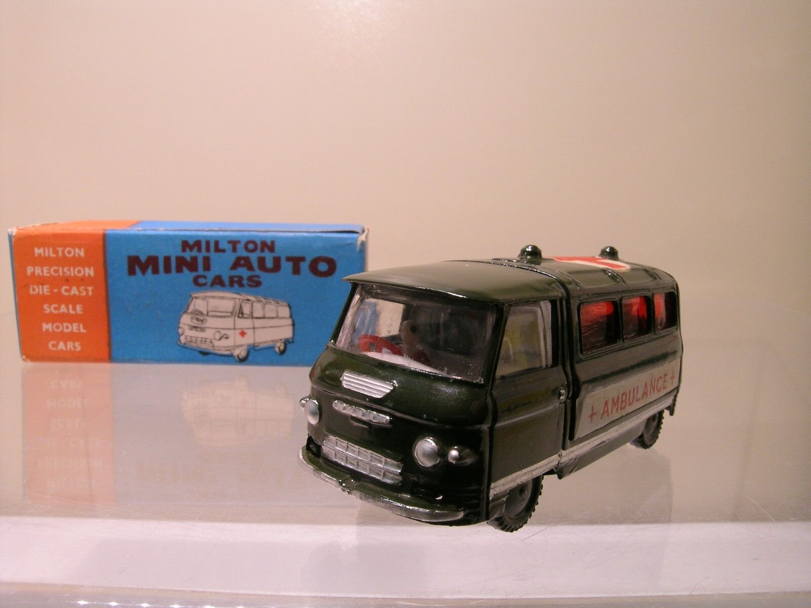 MILTON  MORGAN INDIA No.321 COMMER ARMY AMBULANCE vert NEAR-MINT + BOX 1 43  prix les plus bas
