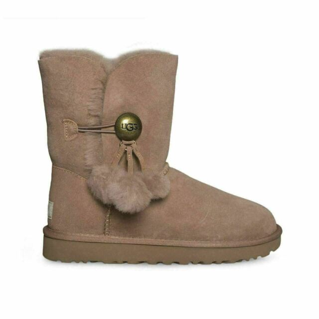 c8b3c961b22 UGG Bailey Button Puff Sand Color Suede Sheepskin BOOTS Size 10 US
