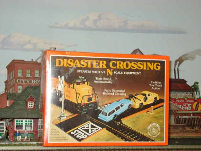 *BACHMANN ** DISTASTER CROSSING ** TRAIN STOPPER ** N Scale Train *NEW SEALED*
