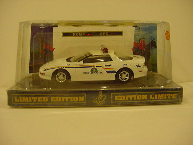 Code 3 Canadian Rcmpgrc White Chevrolet Camaro Ebay