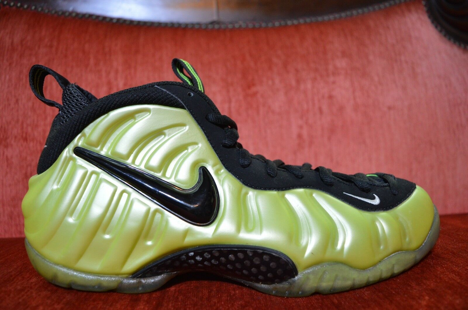 CLEAN Nike Air Foamposite Pro ELECTRIC GREEN 624041-300 size 11 electrolime