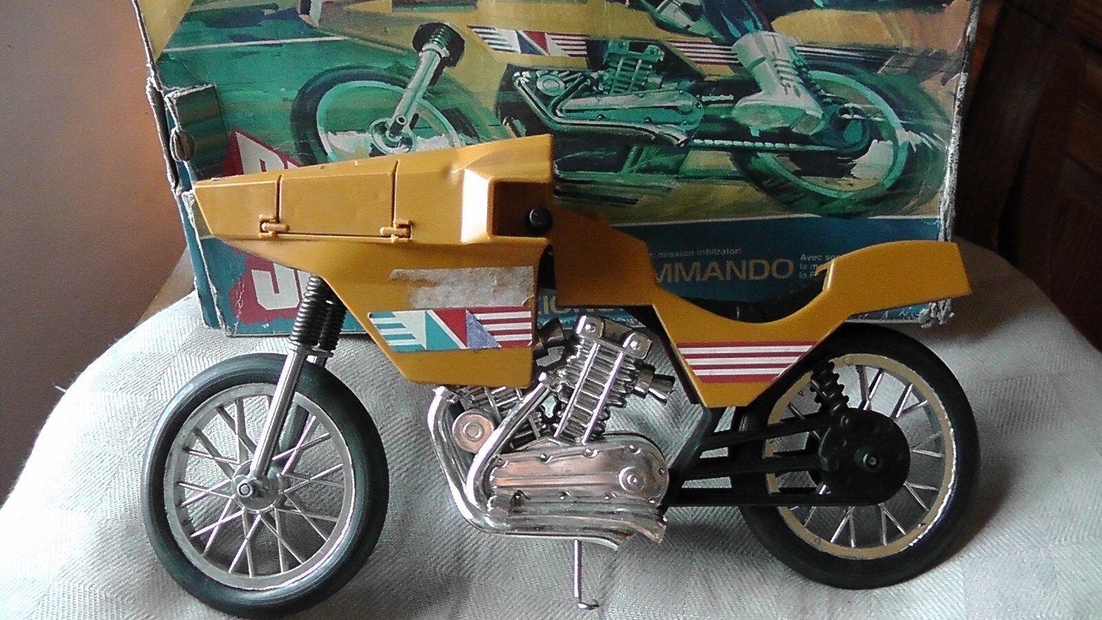BIG JIM  COMhommeDO  MOTORCYCLE TOY MOTO SPECIAL COMhommeDO. ORIGINAL BOX 1  remise