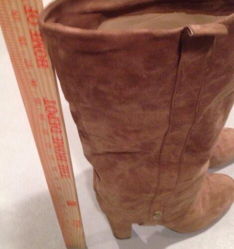 Women's 10 JOAN & DAVID Beige Suede Boots