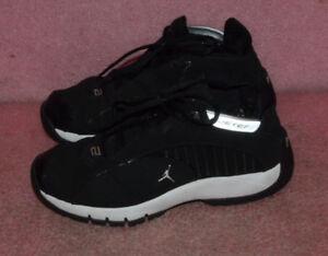 a4c79da7e8c Image is loading Nike-Air-Jordan-Derek-Jeter-Sneakers-Size-6-