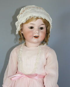 ANTIQUE-GERMAN-BISQUE-DOLL-039-A-M-590-039-TODDLER
