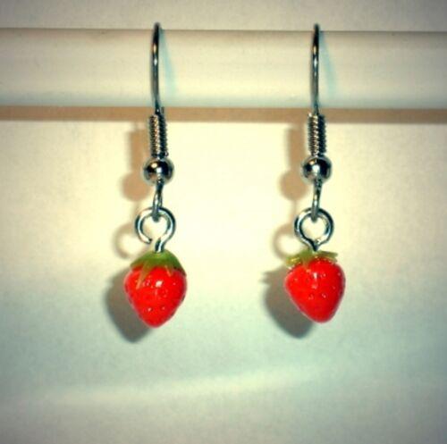 Ohrringe Erdbeere Essen Trinken Damen Ohrschmuck Hänger Modeschmuck Sculpey rot
