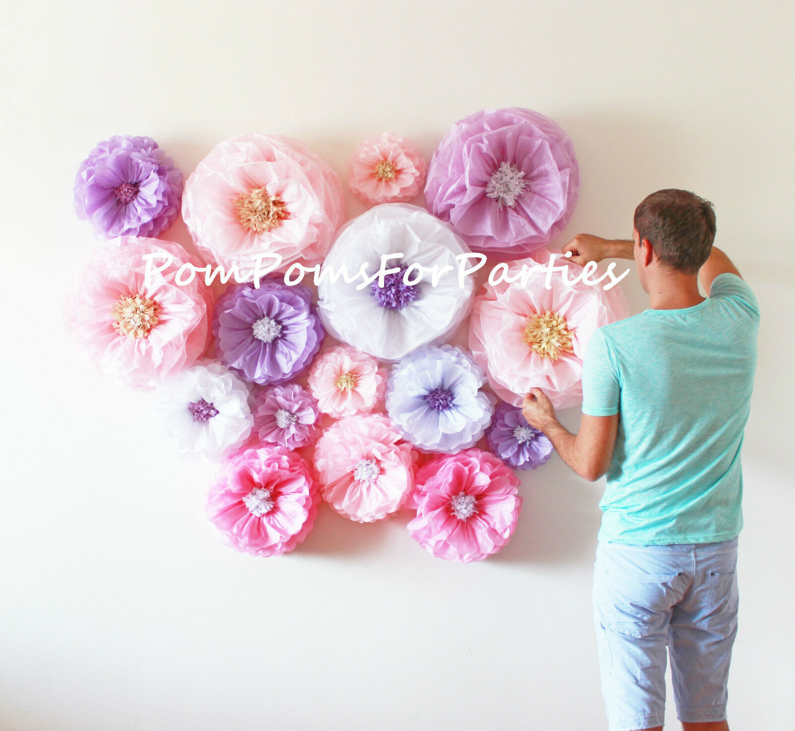 10 Large paper flower. No Giant blooms included.Wedding centerpiece decorations.