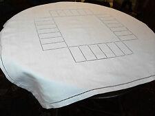 Nappe fil de lin ajouré 1m15 x 1m15 pour table ronde ou carrée