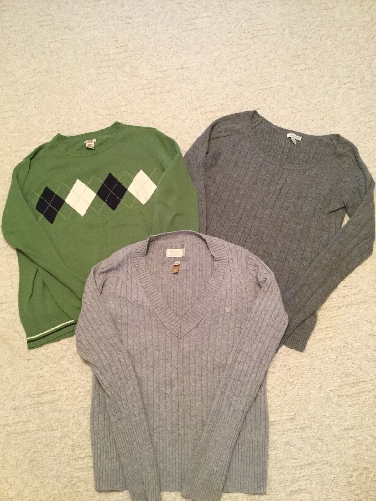 Women's Lot of 3 Sweaters. Size XL. Izod, AE and Aeropostale.