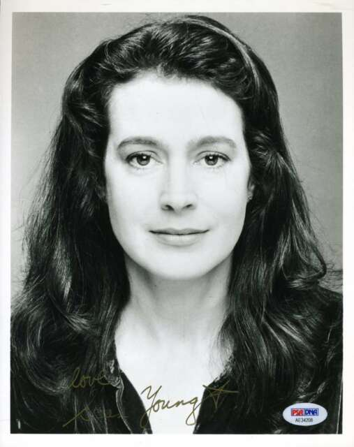 SEAN YOUNG PSA DNA Coa Hand Signed Authentic 8x10 Photo Autograph
