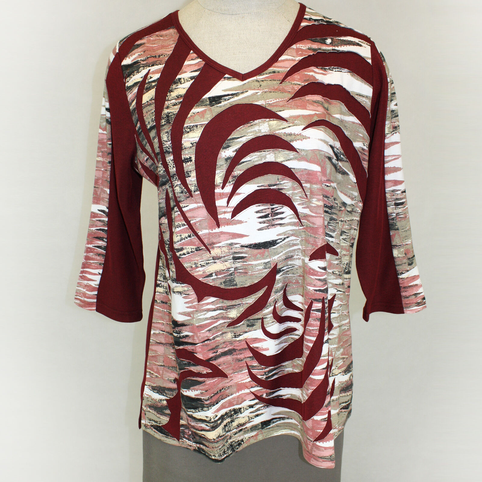 NEW Parsley & Sage Plus Größe rot Cutwork Tunic V-Neck Top Blouse 1X