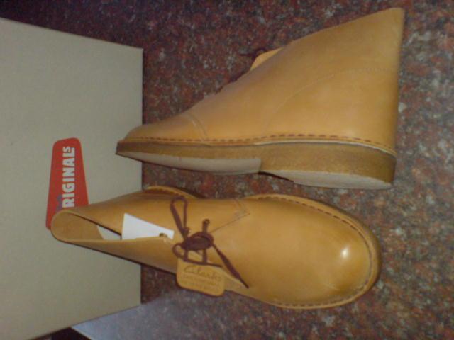 NUOVO Originale CLARKS Uomini * Desert frumento Boots in Pelle di frumento Desert * ** /12.5 1d6416