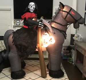 Gemmy-Airblown-Inflatable-Animated-Grim-Reaper-on-Horse-7-Ft-Head-Turns