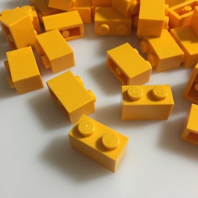 3x Lego Construction Stone Yellow 1x3 printed with Package Arrows Set 6325 3622pb008