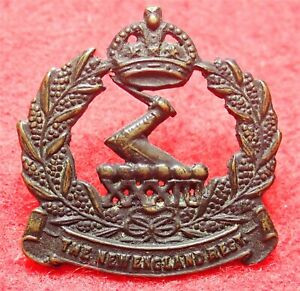 33rd Infantry Battalion ( New England Regiment) Oxidized Collar Badge 1930-1942