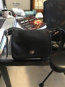 Black Leather Two Medium Vintage Coach authentic Purses SizeSmall qzMSUpVLG