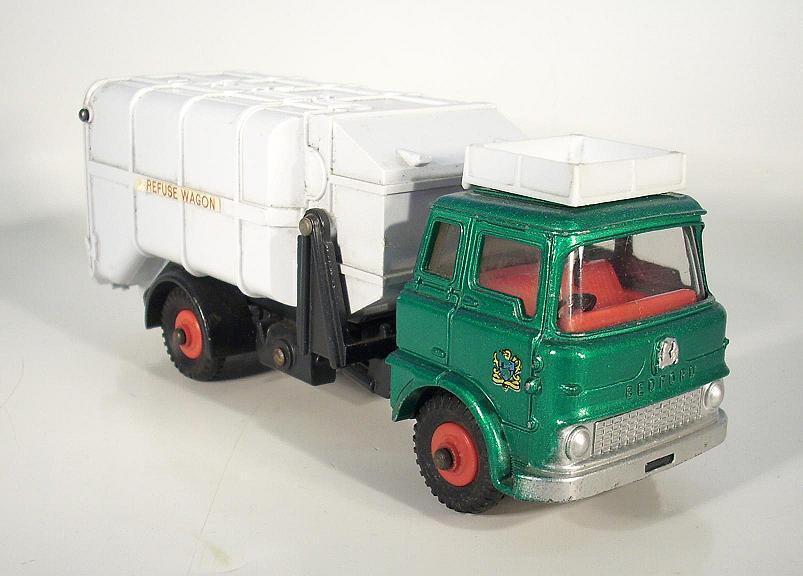 Dinky Spielzeugs Bedford Refuse Truck metallic dunkel-grün frühe Version  963