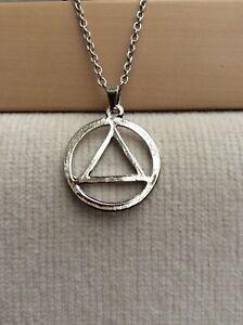 Free-Gift-Bag-Eminem-Slim-Shady-ILLUMINATI-Pyramid-Silver-Plated-Necklace-Chain