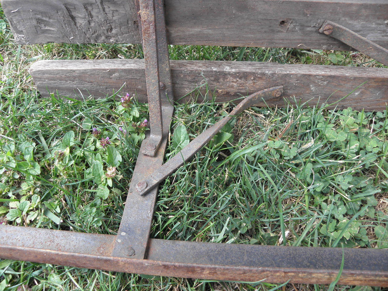 Antique Snow Snow Snow sleigh Sled Wooden antique Sledge Wrought iron Christmas SKIS old f11d2a