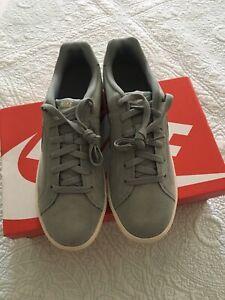 Nike Court Royale Suede, Zapatillas para Hombre, Verde