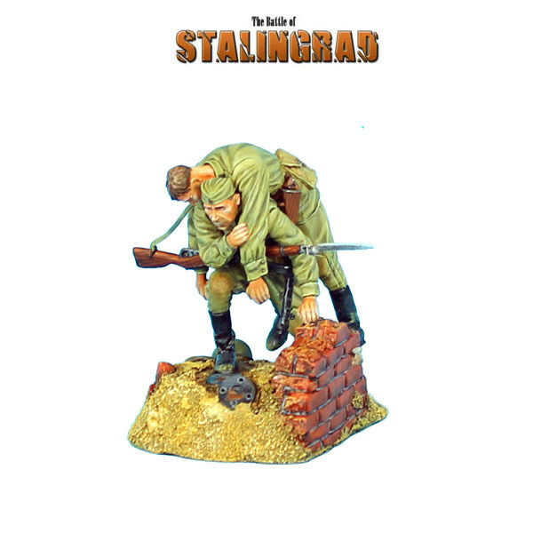 First Legion  RUSSTAL016 Russian Carrying Wounded Comrade Vignette