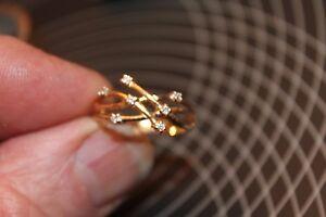 bague or jaune 18 carats 750/1000 sertie petits diamants poids 3,7gr neuf (2