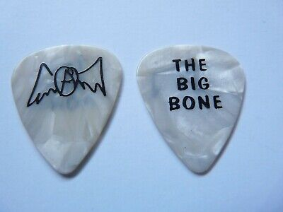 JOE PERRY OF AEROSMITH THE BIG BONE VINTAGE 2002 TOUR ISSUED GUITAR PICK