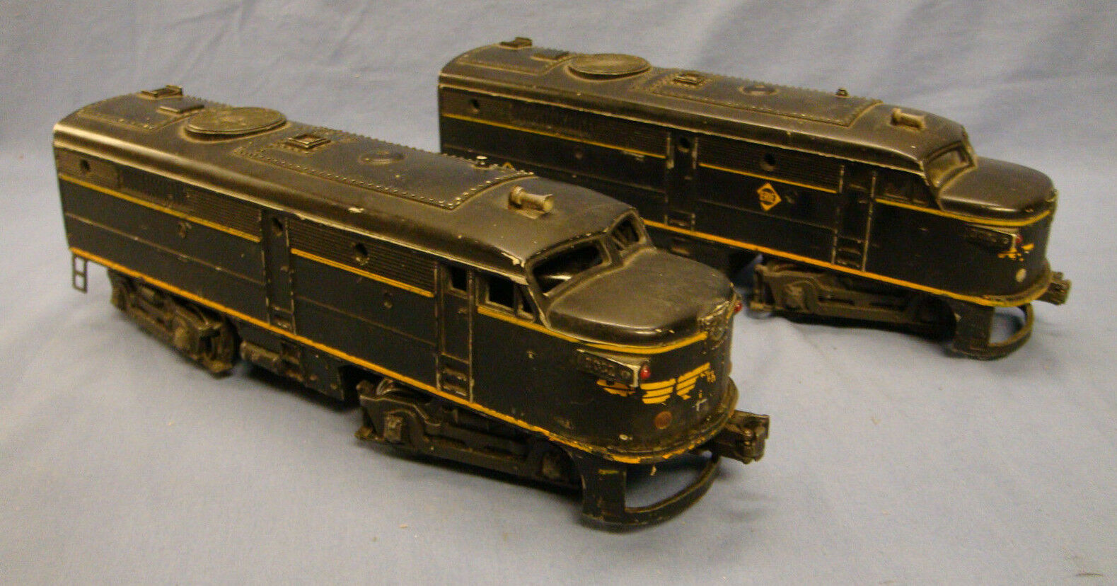 Lionel Erie Alco Diesel Engines AA Unit 2032 Power & Dummy O Scale Good