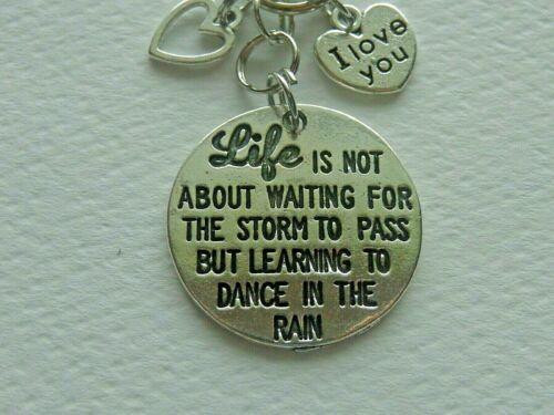INSPIRATIONAL DANCE IN THE RAIN LOVE HEART KEY CHAIN CLIP FOR PURSE BACKPACK FOB