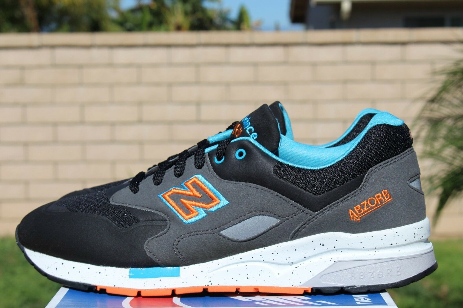 NEW BALANCE 1600 SZ 8.5 BLACK BLUE ORANGE GREY SONIC WELD CM1600KO