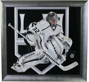 Jonathan-Quick-Hand-Signed-Autographed-Los-Angeles-Kings-Hockey-NHL-Puck-Framed
