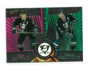 1997-98-PACIFIC-DYNAGON-ICE-DARK-GREY-135-PAUL-KARIYA-TEEMU-SELANNE-DUCKS