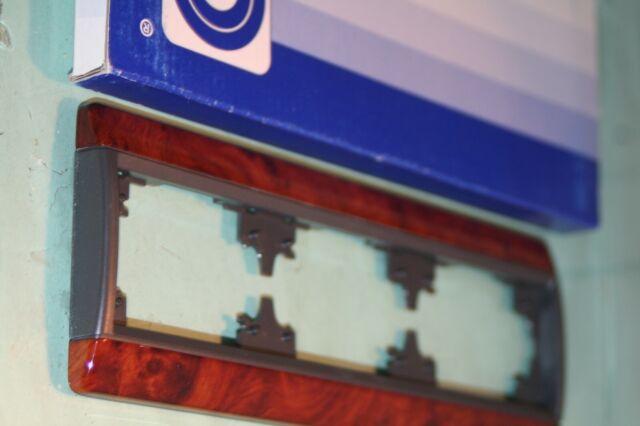 Plaque 3 poste horizontale  loupe d'orme Arnould club 65780