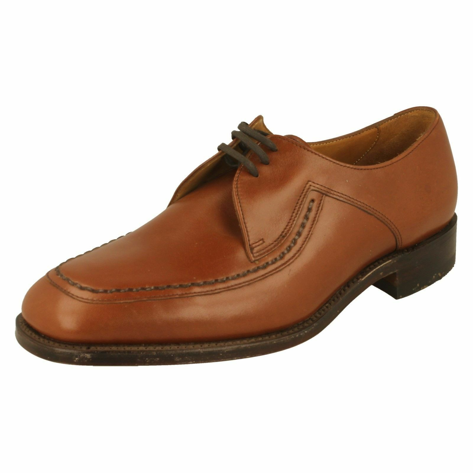 Mens Fontwell G fitting tan leather lace up shoe by Loake