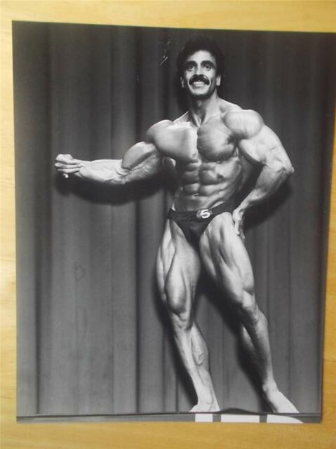 Bodybuilder SAMIR BANNOUT muscle ORIGINAL contest photo by Edward Hankey