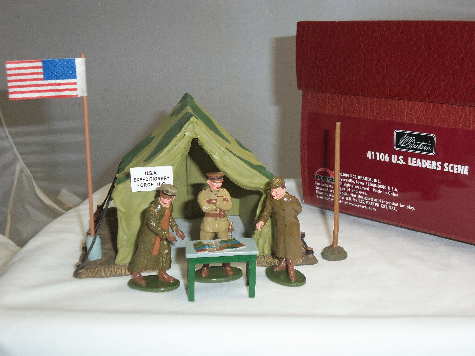 BRITAINS 41106 WORLD WAR ONE US ARMY LEADERS TENT DIORAMA TOY SOLDIER SCENE
