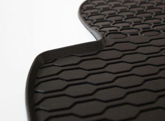 Gummimatten Gummi Fußmatten für Ford Focus 2 II MK2 2003-2011 Original Qualität