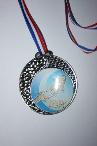 """Médaille /"""" Argent /"""" PLONGÉE SOUS MARINE avec ruban diamètre 70 mm poids 50 gr"""