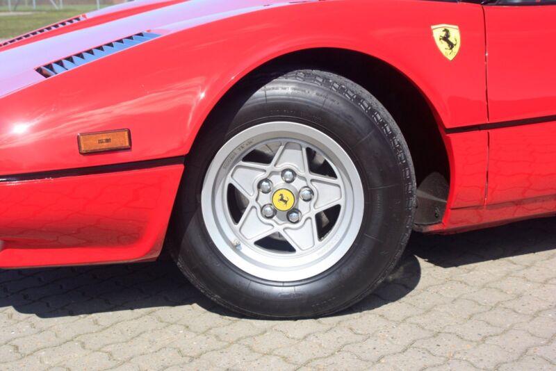 Ferrari 308 GTS - 6