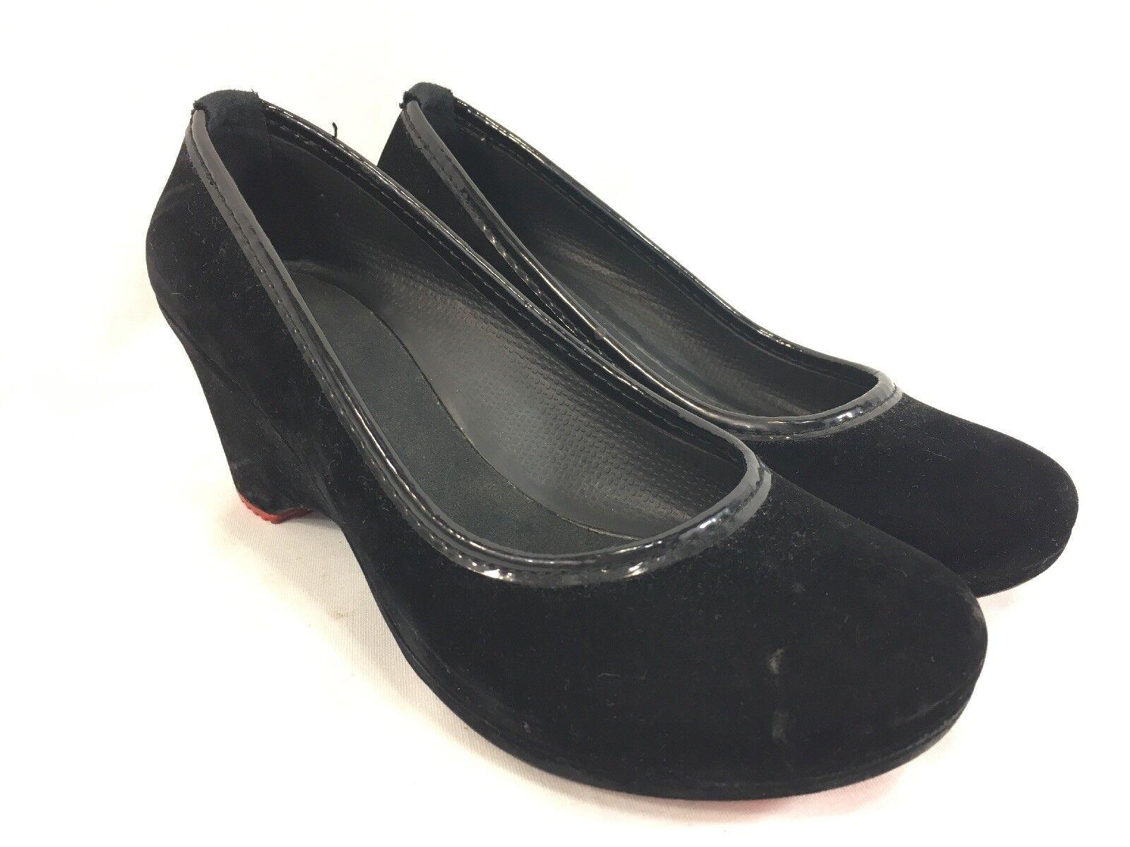 Crocs Wedge Heels shoes Womens 5 Black Velvet Slip On