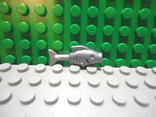 Lego mini figure 1 Flat Silver Fish
