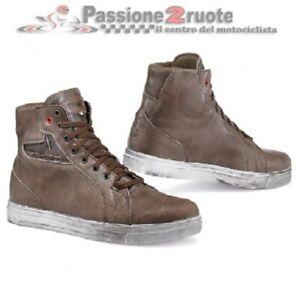 Scarpe moto vintage scrambler Tcx Street Ace WP coffee brown shoes waterproof
