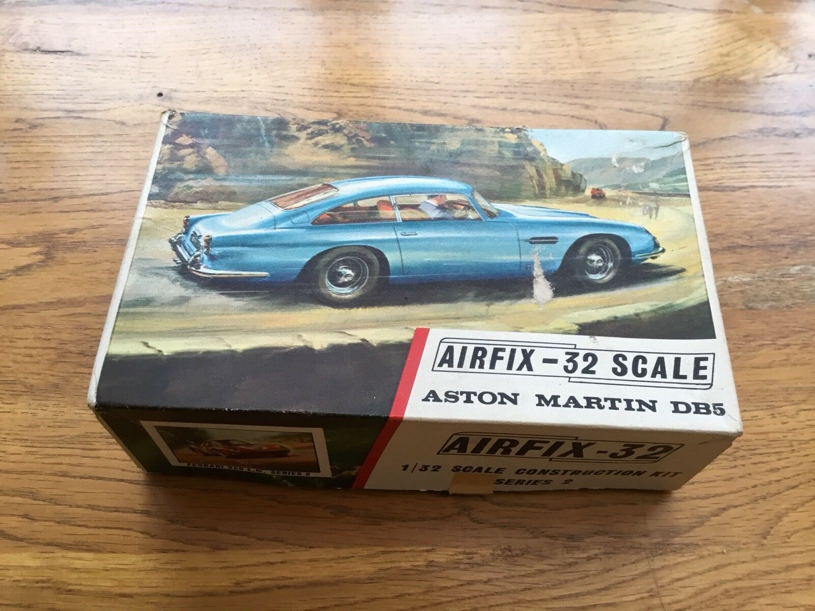 Airfix-32 Aston Martin DB5 Model Kit