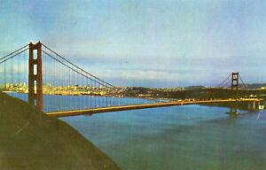 postcard-USA-California-San-Francisco-Golden-Gate-Bridge-unposted